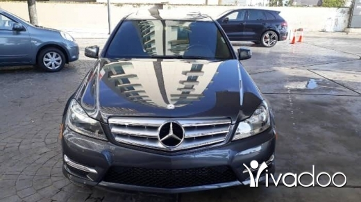 Mercedes-Benz in Beirut City - Price 15,800 $$Mercedes benz C 250 AMG Look, Model 2013, Four cylinders , Ajnabiyeh, black leather