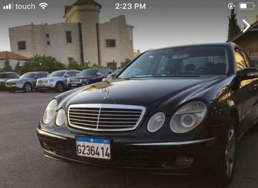 Mercedes-Benz dans Tahouitet El Ghadir - مارسيدس 320E نظيفه جدا لون اسود مقاعد جلد موديل 1995