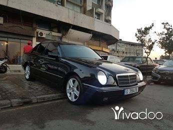 Mercedes-Benz in Tripoli - E320 model 97 moter vites