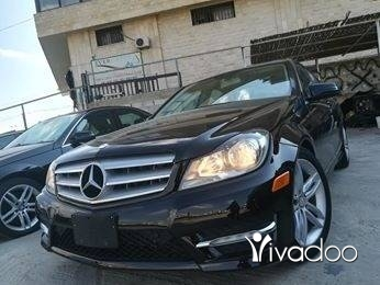 Mercedes-Benz in Zahleh - C250 2012 V6 clean carfax