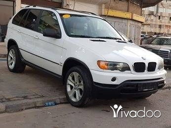BMW in Tripoli - X5 model 2002 moter vites