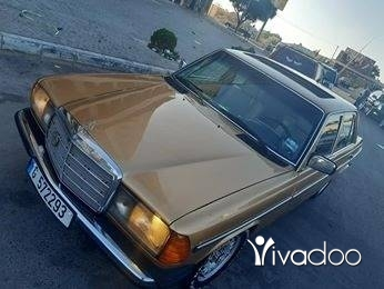 Mercedes-Benz in Tripoli - 230 model 78