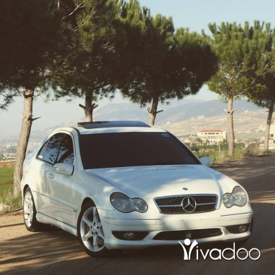 Mercedes-Benz in Nabatyeh - Car