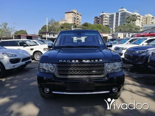 Land Rover in Beirut City - Range rover Vogue HSE 2011