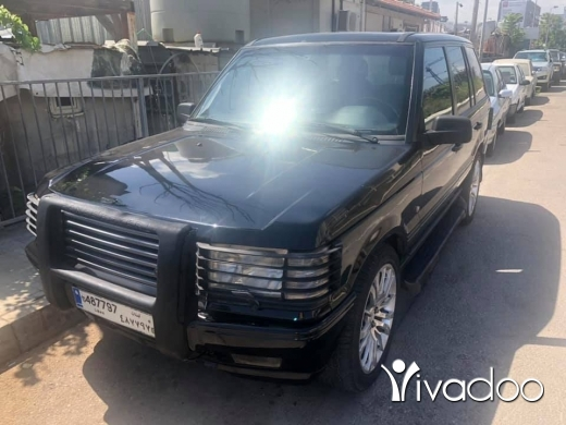 Rover in Dbayeh - Range rover 1998 black on balck V8 4.6