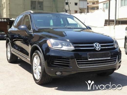 Volkswagen in Beirut City - 2013 Touareg / Clean carfax / Fully loaded