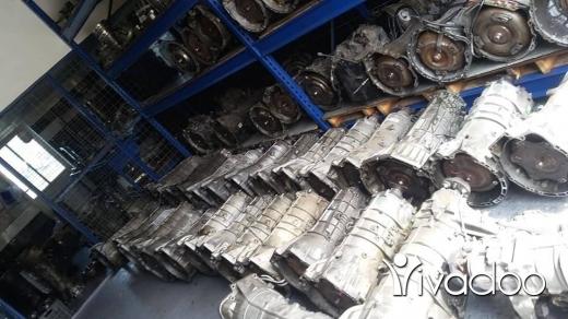 Replacement Parts in Safad el-Batikh - car parts