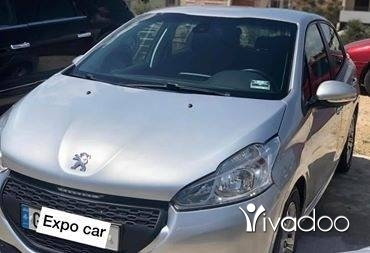 Peugeot in Tripoli - Peugot 208 automatic model 2013 one owner
