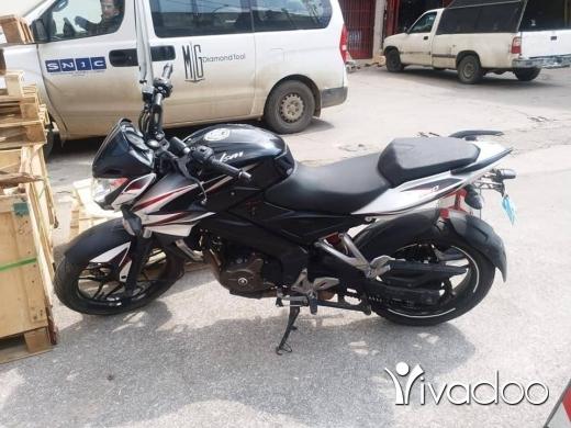 Barossa in Choueifat - دراجة نارية بجاج بلسر 200سي سي موديل 2014