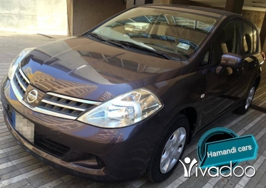 Nissan dans Beyrouth - NISSAN TIDA