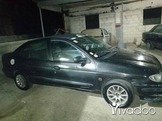 رينو في طرابلس - سيارة رينو ميغان موديل 97