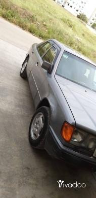 مرسيدس بنز في طرابلس - سيارة مرسيدس 280 صندوق 300 للبيع موديل 93