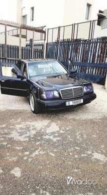 Mercedes-Benz in Tripoli - mercedes benz 280E