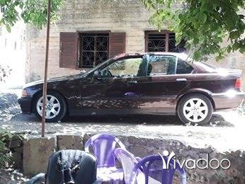 BMW in Akkar el-Atika - ب أم ٣٢٠ فيتاس عادى موديل ٩٢