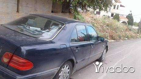Mercedes-Benz in Tripoli - سيارة