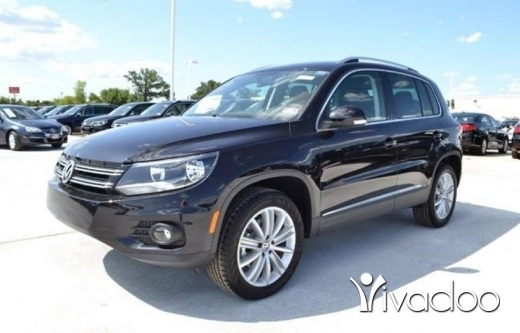 Volkswagen in Beirut City - Volkswagen tiguan 2013 Full options clean car fax car loan available