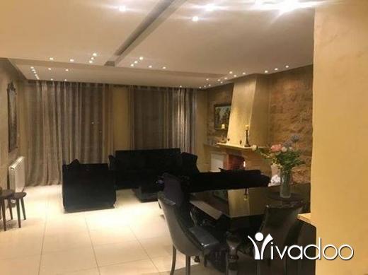 Apartments in Mansourieh - للبيع شقة فخمة جدا في المنصورية 350 m + تراس260 m سوبر لقطة تل 81894144
