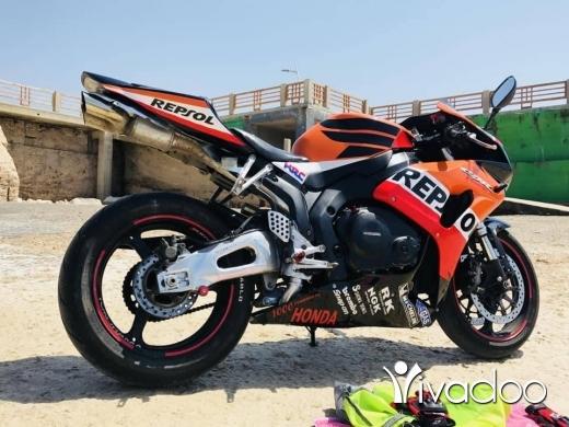 Barossa in Jbeil - Honda CBR1000RR 2005