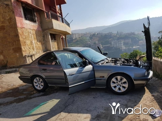BMW in Sir Denniyeh - ب ا م ٥٣٥