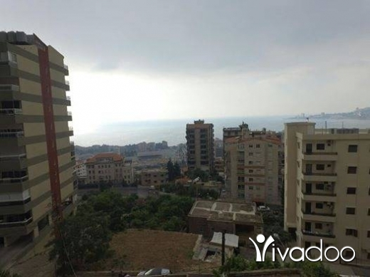 Apartments in Beirut City - للبيع شقة ٢١٠ م + تراس ١٣٠ م في حارة صخر مفروزة جديد بناء فخم تل 81894144