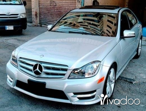 مرسيدس بنز في صيدا - C300 ajnabeih big screan camera bassmeh look AMG mod 2013 klm 50 alf