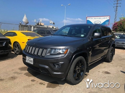 Jeep in Port of Beirut - Grand Cherokee 2015