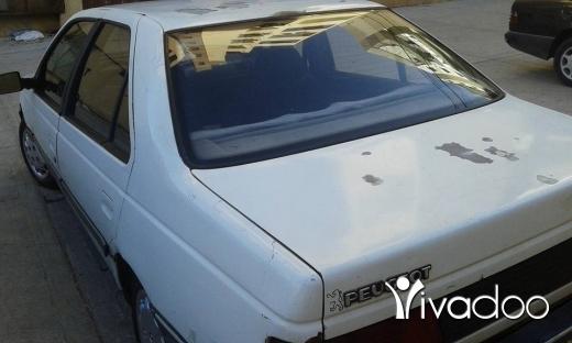 Peugeot in Abou Samra - سياره بيجو405