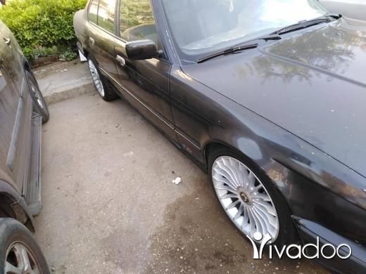 بي ام دبليو في طرابلس - BMW 525 model 93 ankad mfawle