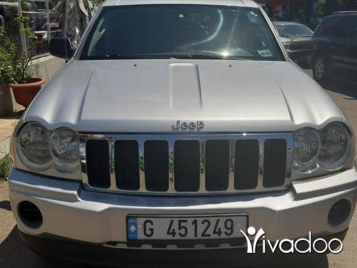 Jeep in Beirut City - Grand Cherokee 2006