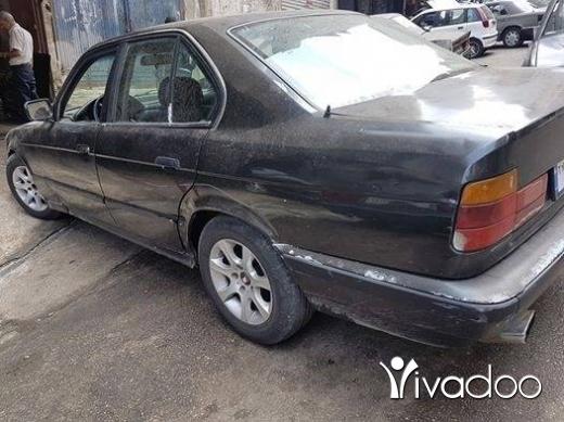 BMW in Tripoli - 520 موتير اسود