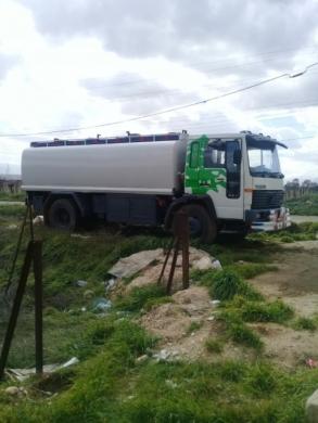 Volvo in Zahleh - صهريج لتوزيع مازوت او  مياه