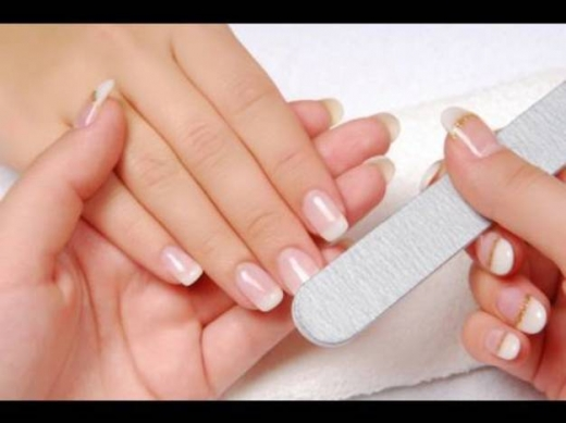Offered Job in Zouk Mosbeh - Wanted Estheticienne for a Mani Pedi Salon