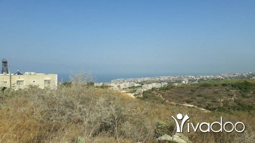 Land in Mehrine - Land for Sale Bmahrain Jbeil Area 1600Sqm Zone :  ( D ) 20% - 40% h 10