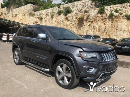 Jeep in Beirut City - Grand Cherokee Overland 2014