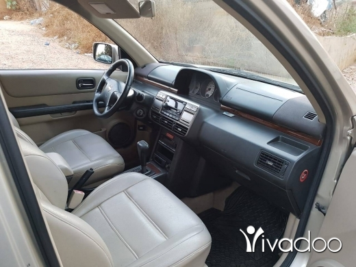 Nissan in Beirut City - Nissan Xtrail 2002 Gold