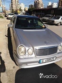 Mercedes-Benz in Beddawi - سيارة مرسيدس ام عيون