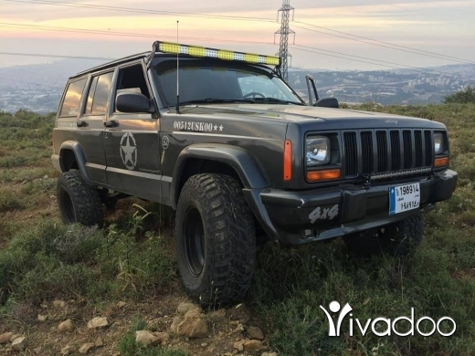 Jeep in Beirut City - cherokee1990