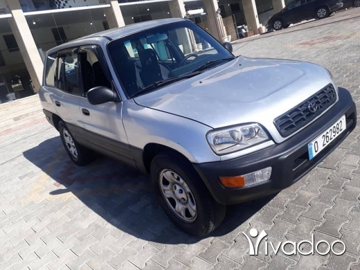 Toyota in Nabatyeh - Jeeb rav4