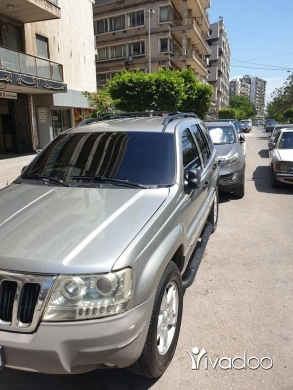 Jeep in Port of Beirut - جيب شيروكي