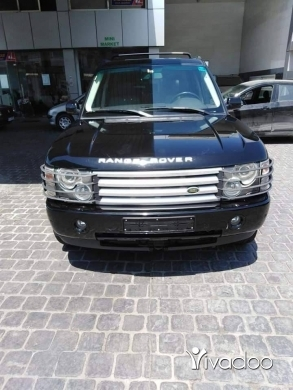 Land Rover in Beirut City - Vogue range 2004