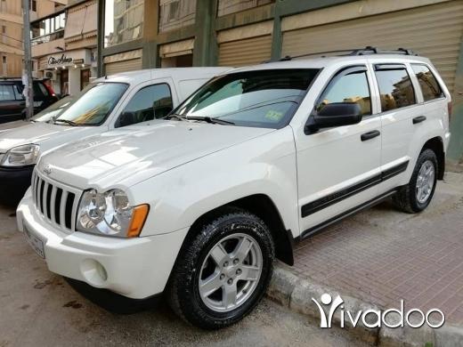 Jeep in Beirut City - Cherokee laredo