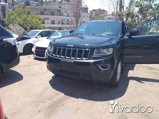 Jeep in Port of Beirut - grand Cherokee laredo mod 2014