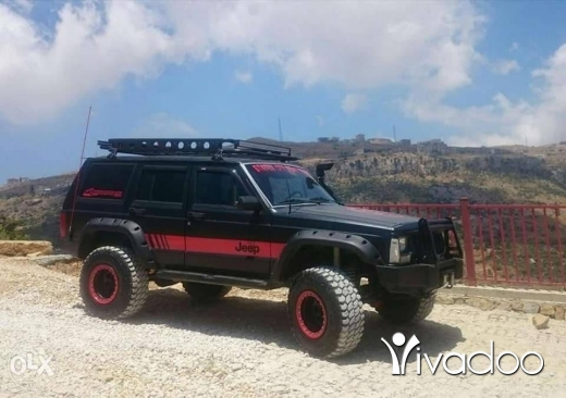 Jeep in Beirut City - Jeep Cherokee xj