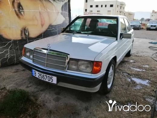 Mercedes-Benz in Anjar - 190اربعه سلندر 1983فيتيس عادي خارقهالنظافه