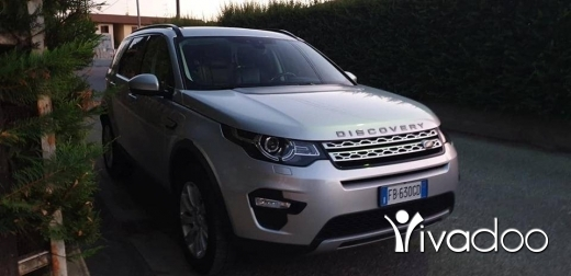 Rover in Port of Beirut - Discovery sport