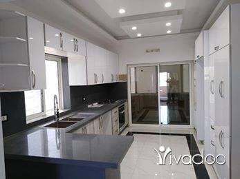 Apartments in Abou Samra - *شقة للبيع ابو سمرا خلف الشفاء كتير فخمة