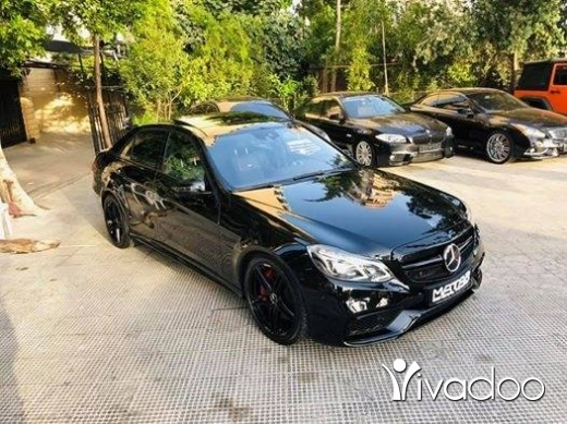 Mercedes-Benz in Tripoli - 2011 E63 AMG kit 2014 blk/blk night view assist parking sensors panoramic keyless original lights