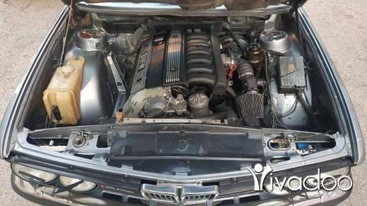 BMW in Beirut City - Bmw e28 24v 520i trade on e30 or e36