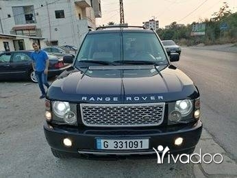 Rover in Zgharta - Range rover vogue hse mod 2004 phone