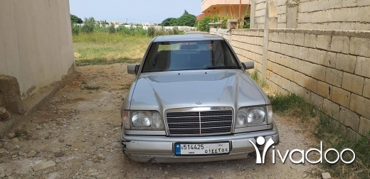 Mercedes-Benz in Beirut City - Mercedes E300 1991